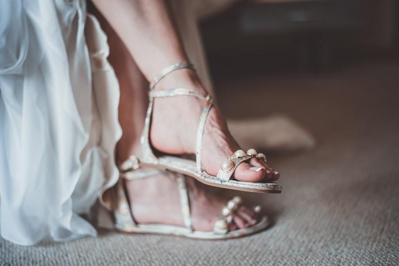 Boncuklu Sandaletler
