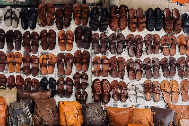 Klasik Sandaletler