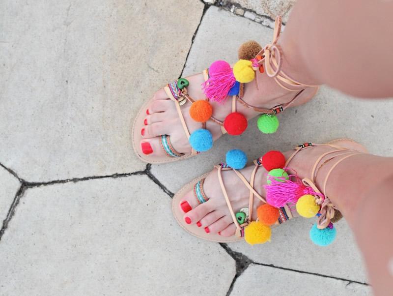 Renkli Sandaletler