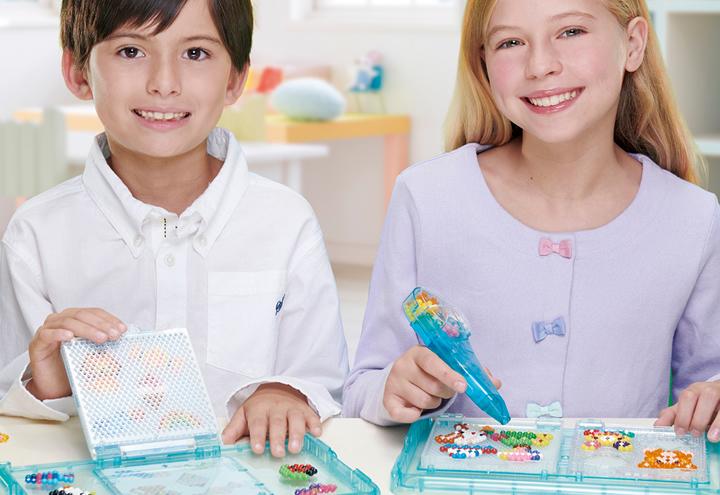 Çocukları Eğlendirirken Yaratıcıklarını Geliştiren Aquabeads'in Renkli Dünyası Mall of Antalya Adore Oyuncak Mağazası'nda!