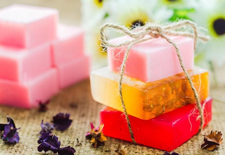 Чудесная поддержка для чувствительной кожи : Натуральные мыла