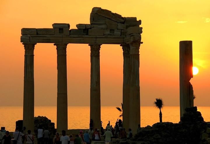 Antalya'da Görülmesi Gereken 5 Tarihi Yer