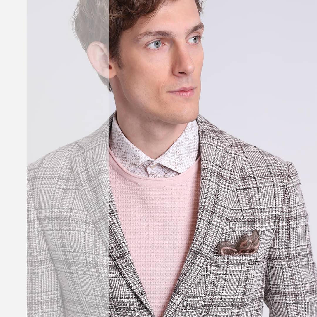 26b6632ebb09c Erkek casual giyimde rahatlığı ve şıklığı buluşturan, yenilikçi fit  kalıplarıyla erkek modasında fark yaratan koleksiyonları ile Lufian, Deepo  Outlet ve ...